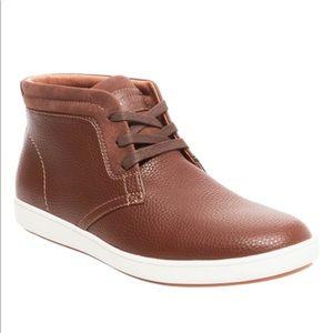 NIB Steve Madden Fenway Sneaker